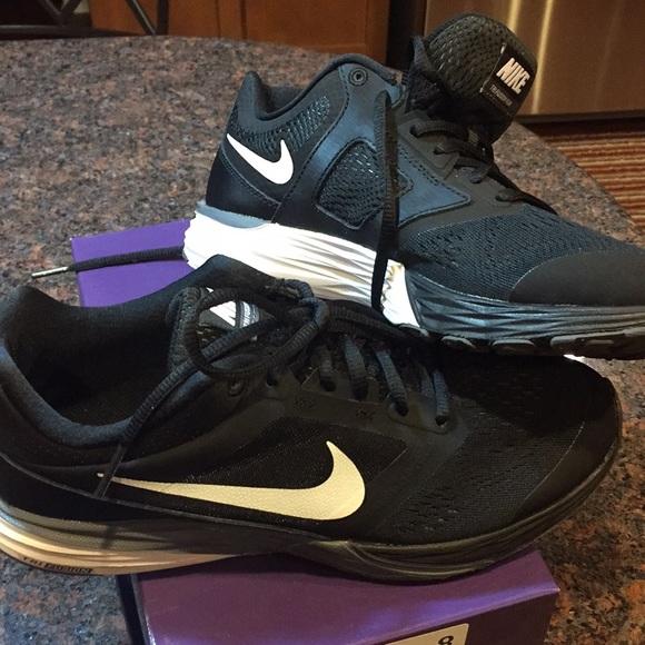Nike Zapatos Negro Blanco Tri Fusion Poshmark Run Athletic Poshmark Fusion 314d66